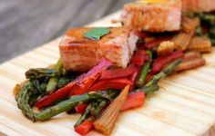 Una #Receta #Gourmet #Atun con Vegetales al #Vino para el #Sibarita con #Estilo #Bohemio por el Mundo (26) @CESCURAINA/Prensa en Castellano en Twitter