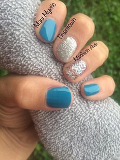 My Color Street Combo London Calling At The Plaza Toyko Lights Nails Pinterest London