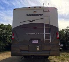 2005 Used Winnebago Adventurer WORKHORSE Class A in Texas TX.Recreational Vehicle, rv, 2005 Winnebago Adventurer WORKHORSE, World Renowned Quality Proven Beautiful 38 1/2' Winnebago M-38J Workhorse Motorhome With 3 Slides! This home away from home is in wonderful condition! Highly sought after motor home with multiple bells and whistles that add convenience and efficiency including; All New Tires! Central Ducted Air Conditioning/Heating-15,000 BTU Microwave Oven Washer/Dryer Combo! Water…