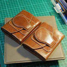 #leather #leathercrafted #leathergoods #handmade #handsewn #handstitch #wallets #we_handcrafted #saddle_stitch #handcrafted #fashion #style #love #kangroo by w.e_handcrafted