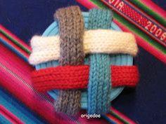 Breiproject.Haarlem: Leuke bal om te breien....(niet moeilijk !) Binky, Baby Knitting, Knitting Patterns, Quilts, Inspiration, Design, Long Scarf, Home, Chopsticks