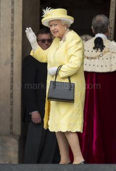 "Mark Cuthbert on Twitter: ""HM The Queen arrives at St Pauls for her Birthday Thanksgiving Service.#GettyQueen90 #Queenat90 #Queen #Royals"