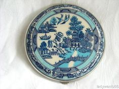 VINTAGE GWENDA WILLOW PATTERN POWDER COMPACT CIRCA 1940 | eBay