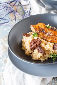 risotto morilles et foie gras poele Vegetable Recipes Easy Healthy, Fruit Smoothie Recipes, Risotto Recipes, Pasta, Dessert For Dinner, Vegetable Salad, No Cook Meals, Italian Recipes, Stuffed Mushrooms