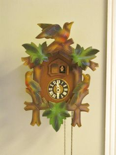 Vintage cuckoo clock with moving eyes from the linden clock company goldie locks and the three - Colorful cuckoo clock ...