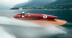 <p>In+the+1950s,+Ferrari's+motorsport+successes+attracted+the+attention+of+powerboat+racers.+As+we+reveal,+it+was+a+union+that+was+to+yield+record-breaking+results</p>