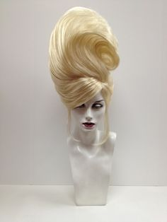 7 Main Reasons For Using Human Hair Wigs Fancy Hairstyles, Wig Hairstyles, Drag Wigs, Extreme Hair, Fantasy Hair, Fantasy Makeup, Queen Hair, Shooting Photo, Wild Hair