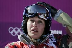 Lindsey Jacobellis is a great female snowboard cross racer. But for the third Olympics in a row she fails to complete final run.