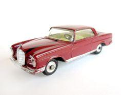 You deserve a little luxury! Or a little luxury car. Corgi Husky, Mercedes Benz 220, Corgi Toys, Fire Department, Classic Toys, Scale Models, Great Britain, Luxury Cars, Bordeaux