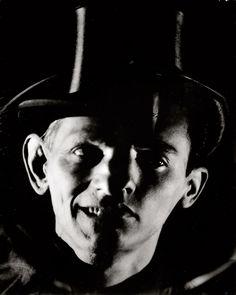 Edmund Kesting: Experiment (Double-portrait: Father and Son), c.1944.
