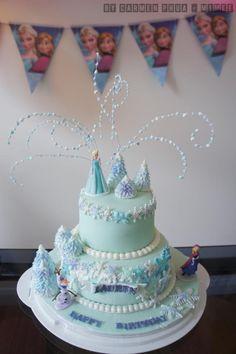 Disney Frozen Cake - Cake by Mimee Elsa Birthday Cake, Frozen Themed Birthday Cake, Frozen Theme Cake, Unique Birthday Cakes, Frozen Themed Birthday Party, Themed Cakes, 4th Birthday, Birthday Ideas, Tarta Fondant Frozen