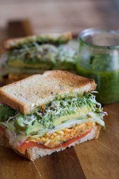 Vegetarian Sandwich Recipes Very Vegan Jalapeno Pesto Sandwich (Vegetarian Recipes Healthy) Best Vegetarian Sandwiches, Veggie Sandwich, Vegan Sandwiches, Sandwich Ideas, Vegan Sandwich Recipes, Vegetarian Sandwich Fillings, Chickpea Sandwich, Hummus Sandwich, Whole Food Recipes