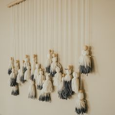 dip dyed wall hanging | tassel wall hanging | tapestry | boho wall decor | macrame wall hanging | large wall hanging by Thoseindiemommies on Etsy https://www.etsy.com/listing/514426699/dip-dyed-wall-hanging-tassel-wall