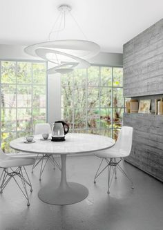 """The simple yet sleek contemporary """"Pirce Suspension Light"""" from Artemide. Decor, Contemporary Dining Room Lighting, Chandelier In Living Room, Lighting Inspiration, Minimalist Dining Room, Home Decor, Dining Room Decor, Interior Design, Artemide"""
