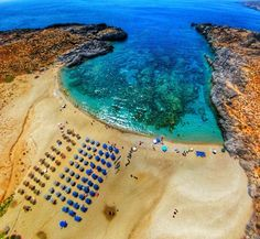 The beautiful from above as seen by The clarity of the water and the rich sea life make it ideal for some scuba diving lessons ⛱ Crete Rethymnon, Crete Beaches, Scuba Diving Lessons, Fresh Water, Deep Water, Small Ponds, Tropical Landscaping, Most Beautiful Beaches, Greece Travel