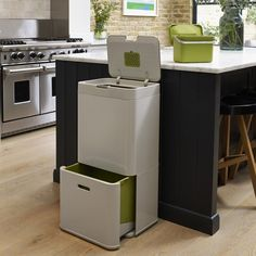 Intelligent Waste: All-In-One Garbage, Recycling, and Food Waste Bins Garbage Recycling, Recycling Bins, Recycling Center, Trash Compactors, Clever Gadgets, Waste Container, Clean Grill, Joseph Joseph, Food Waste