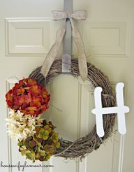 Ridiculously Easy DIY Fall Wreath | Housewife Glamour