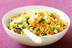 Salmon Kedgeree - I would use cooked fresh salmon and steamed fresh veg Frozen Vegetables, Salmon Recipes, Seafood Recipes, Kedgeree Recipe, Cooking Salmon, Nutritious Meals, Have Time, Vegetable Recipes