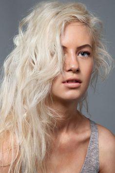 Wavy platinum blonde hair