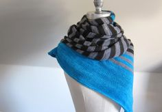 FANCY ZEBRA A fun and cozy cowl knit in the round from the top down. Warm and snug around the neck with increasing circumference towards the bottom for ample coverage around the chest and shoulders...
