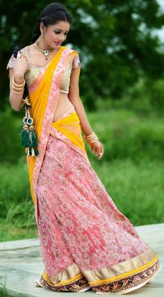 Latest LEHENGA design's Lehenga, langa voni are unique and traditional dress from India. Mostly worn by brides and girls during . Indian Wedding Sari, Indian Bridal Lehenga, Indian Bridal Wear, Indian Wear, Desi Wedding, Wedding Wear, Pakistan Fashion, India Fashion, Indian Dresses
