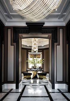A modern entryway décor is a perfect opportunity to surprise your guests. You can create a sleek design with statement pieces or you prefer a more intimate and Best Home Interior Design, Residential Interior Design, Commercial Interior Design, Office Interior Design, Luxury Home Decor, Interior Decorating, Luxury Homes, Bar Interior, Bathroom Interior