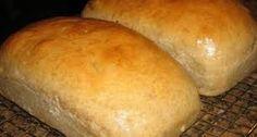 Aluat fraged pentru cornulete – meniudesarbatoare Baking Bread At Home, Skills To Learn, Bread Recipes, Homesteading, Breads, Food, Bread Rolls, Essen, Eten