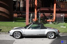 1969 Porsche 914 6 GT 6 R) : The Porsche 914 or VW Porsche 914 is a mid engined, targa topped two seat roadster designed, manufactured and marketed collaboratively by Volkswagen and Porsche from 1969 to (Wikipedia) Der Porsche 914 entstand Porsche Sports Car, Porsche Models, Porsche Cars, Porsche 911 Rsr, My Dream Car, Dream Cars, Mazda Roadster, Vintage Sports Cars, Vintage Cars