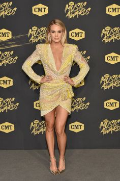 Carrie Underwood - 2018 CMT Music Awards Bridgestone Arena Nashville Carrie  Underwood Husband 135e845f980