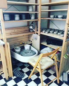 """22 Me gusta, 2 comentarios - Tasha McKelvey (@tashamckelvey) en Instagram: """"Keeping busy. #potterslife"""""""