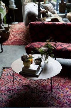 Discover the essential ingredients to creating your dreamy living room. With re-imagined prints, luxurious textures, stylish storage solutions, life changing lighting our extensive living room collection will make your home feel oh, so cool. Style Anglais, Cosy Room, Dark Interiors, My Living Room, Living Spaces, Room Paint, Home Decor Furniture, Decoration, Country