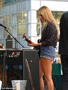 I have the biggest girl crush on Grace Potter!!!!
