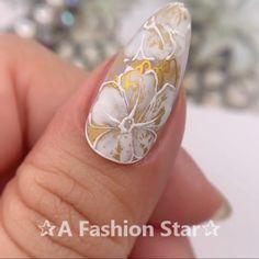 Nail Art ✰A Fashion Star✰ Nail Art nail art with stars Nail Art Designs Videos, Nail Design Video, Nail Art Videos, Gel Nail Designs, Rose Nails, Flower Nails, Gel Nails, Nail Nail, Nail Art Hacks