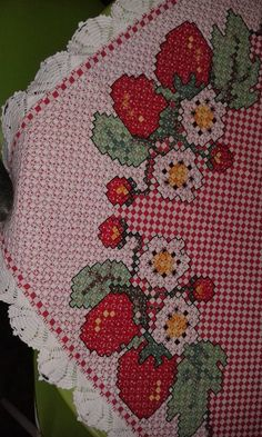 Belt with beaded embroidery. Belt with flowers, Hand embroidered belt floral, fashion belts, womens belts, colorful belt Swedish Embroidery, Hardanger Embroidery, Learn Embroidery, Beaded Embroidery, Embroidery Stitches, Hand Embroidery, Crafts For Girls, Diy And Crafts, Bordado Tipo Chicken Scratch