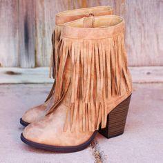 Mountain Babe Fringe Boots - Tan
