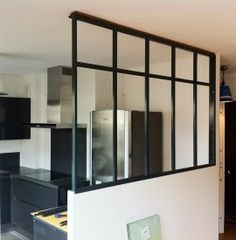 Use of glass in interiors: verrière Home Upgrades, House Design, Interior, Home Staging, Room Deviders, Home, Sweet Home Alabama, Home Deco, Home Kitchens