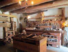 Who offers a good carpenter recruitment service?