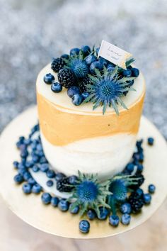 Wilde Natürlichkeit trifft auf Boho-Chic Katja Leikam Photography Diana + Viki http://www.hochzeitswahn.de/inspirationsideen/wilde-natuerlichkeit-trifft-auf-boho-chic/ #wedding #inspiration #cake