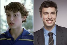 John Francis Daley (Dr. Lance Sweets)http://www.snakkle.com/galleries/before-they-were-famous-stars-bones-cast-then-and-now/john-francis-daley-split/