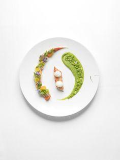 Recette de Yannick Alleno http://www.vogue.fr/culture/a-voir/diaporama/yannick-alleno-parisian-touch-double-gagnant/16316/image/882038#!quot-king-crabe-de-norvege-en-salade-folle-quot-extrait-du-livre-ma-cuisine-francaise-de-yannick-alleno