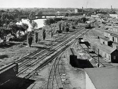 View (south from the Hunter Street Bridge) of the CPR yard at Quaker Oats Peterborough Ontario, Hunter Street, Peter Robinson, Locomotive, Railroad Tracks, Past, Random Stuff, Bridge, Canada