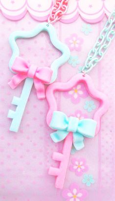 Cute pastel star key and bow charms, fairy kei