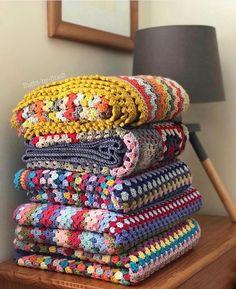 Transcendent Crochet a Solid Granny Square Ideas. Inconceivable Crochet a Solid Granny Square Ideas. Granny Square Crochet Pattern, Crochet Squares, Crochet Granny, Crochet Blanket Patterns, Crochet Stitches, Modern Crochet Blanket, Crochet Blankets, Granny Squares, Crochet Quilt