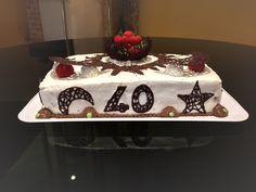 Torta+al+cioccolato,+panna+e+fragole