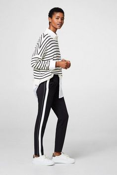 12222119b281 Die 254 besten Bilder von Leggings   Casual styles, Casual outfits ...