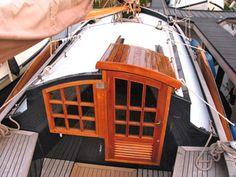 Sailboat Interior, Yacht Interior, Wooden Sailboat, Wooden Boats, Model Boat Plans, Boat Restoration, Honfleur, Wooden Boat Building, Build Your Own Boat