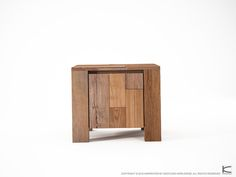ORGANIK SIDE-BEDSIDE TABLE W/ DOOR