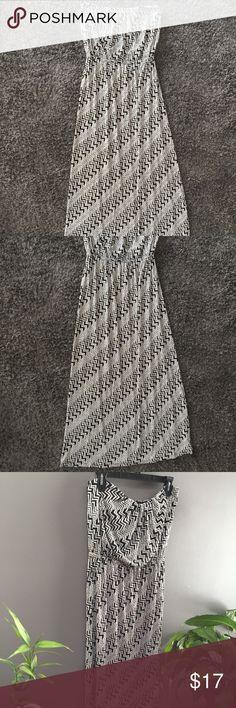 I just added this listing on Poshmark: Trixxi Strapless Maxi Dress Zigzag Print. #shopmycloset #poshmark #fashion #shopping #style #forsale #Trixxi #Dresses & Skirts
