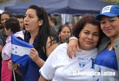 Muchos hondureños disfrutaron lejos de su patria la celebración de Fiesta Nacional en el Moll de la Marina en Barcelona.