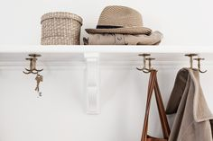 20 decorative hat rack ideas you will ever need hall shelfie Diy Hat Rack, Hallway Inspiration, Interior Architecture, Interior Design, Compact Living, Interior Stylist, Entry Foyer, Home Buying, New Homes